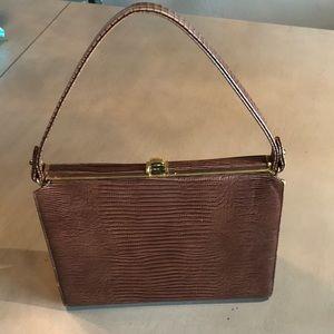 Vintage Triangle frame purse. Excellent condition!
